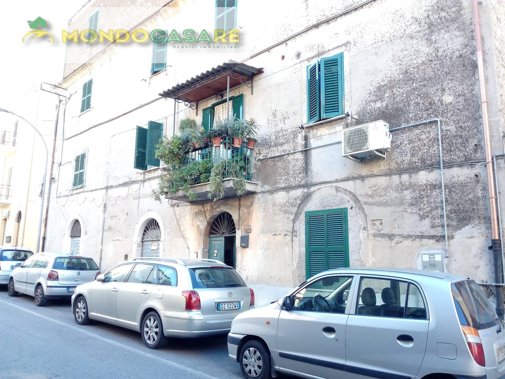 Appartamento in affitto a Palombara Sabina, 2 locali, prezzo € 400 | Cambio Casa.it