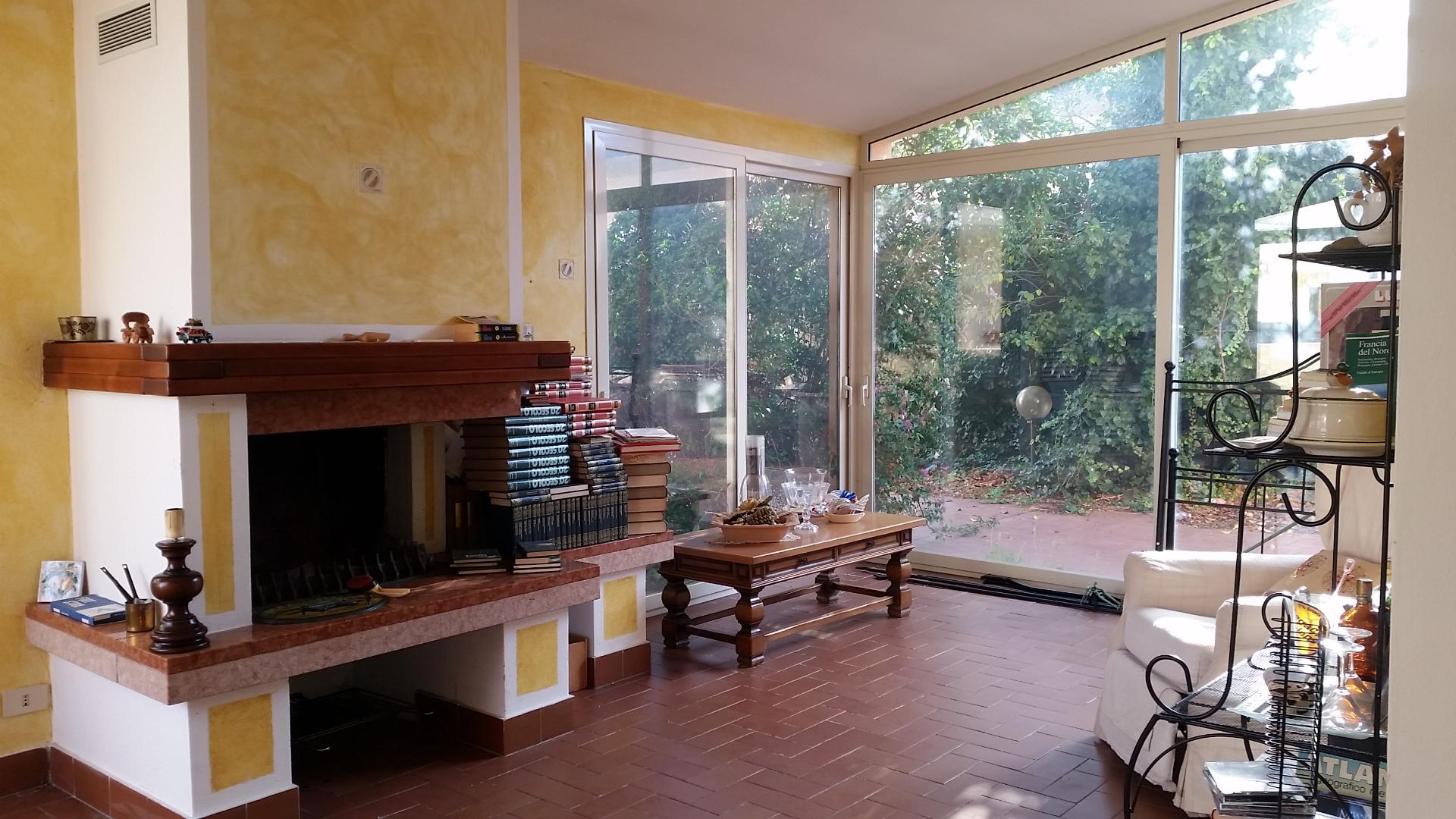 Soluzione Indipendente in vendita a Olbia - Porto Rotondo, 8 locali, zona Località: zonaVittorioVeneto, prezzo € 380.000 | Cambio Casa.it