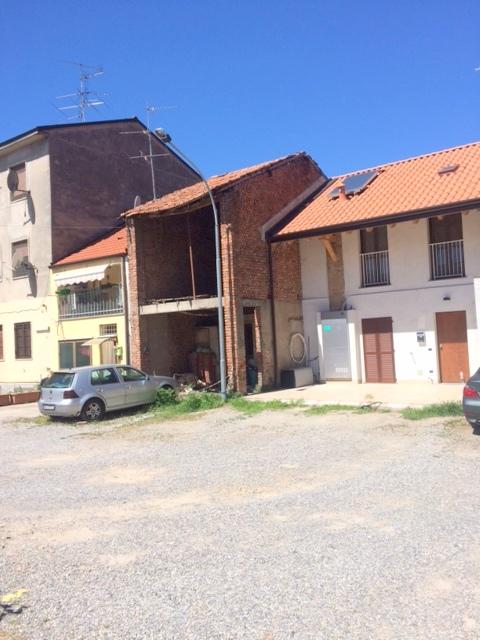 Grezzago | Casa Indipendente in Vendita in via roma | lacasadimilano.it