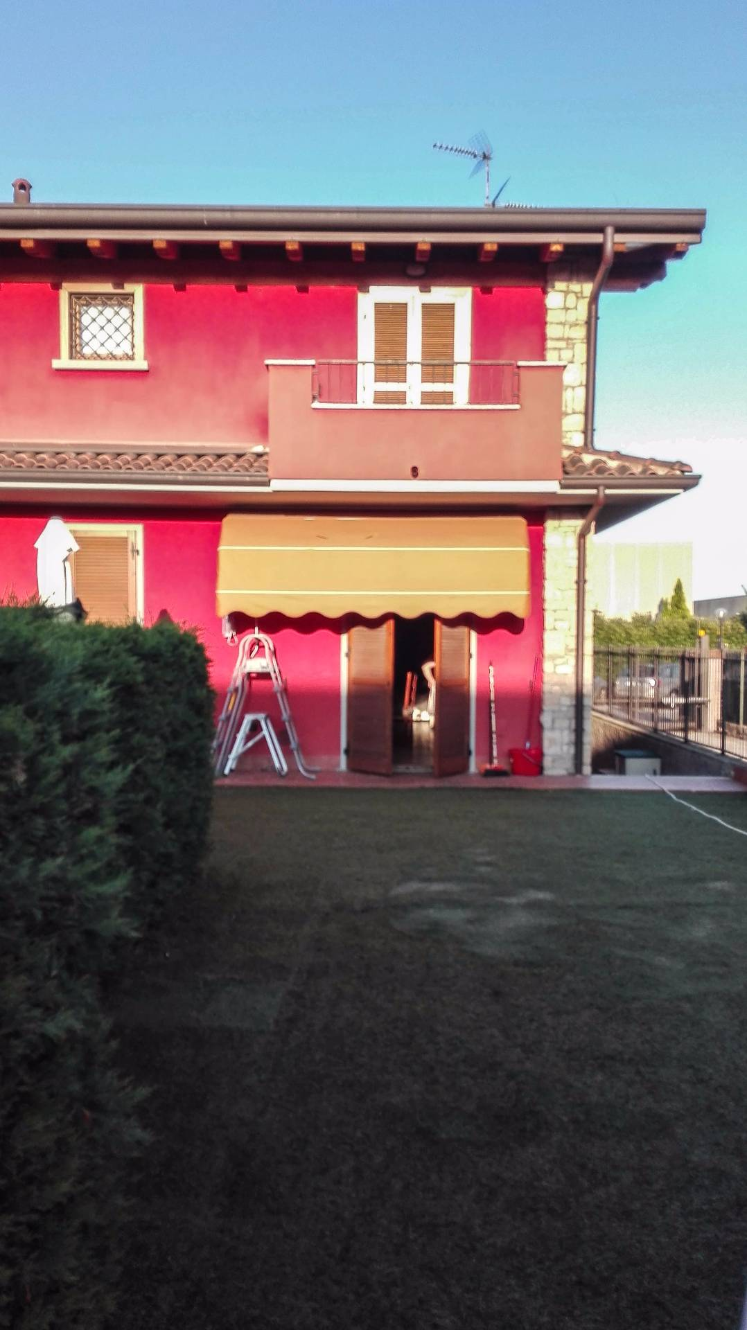 Pozzo d'Adda | Villa in Vendita in Via Armando Diaz | lacasadimilano.it