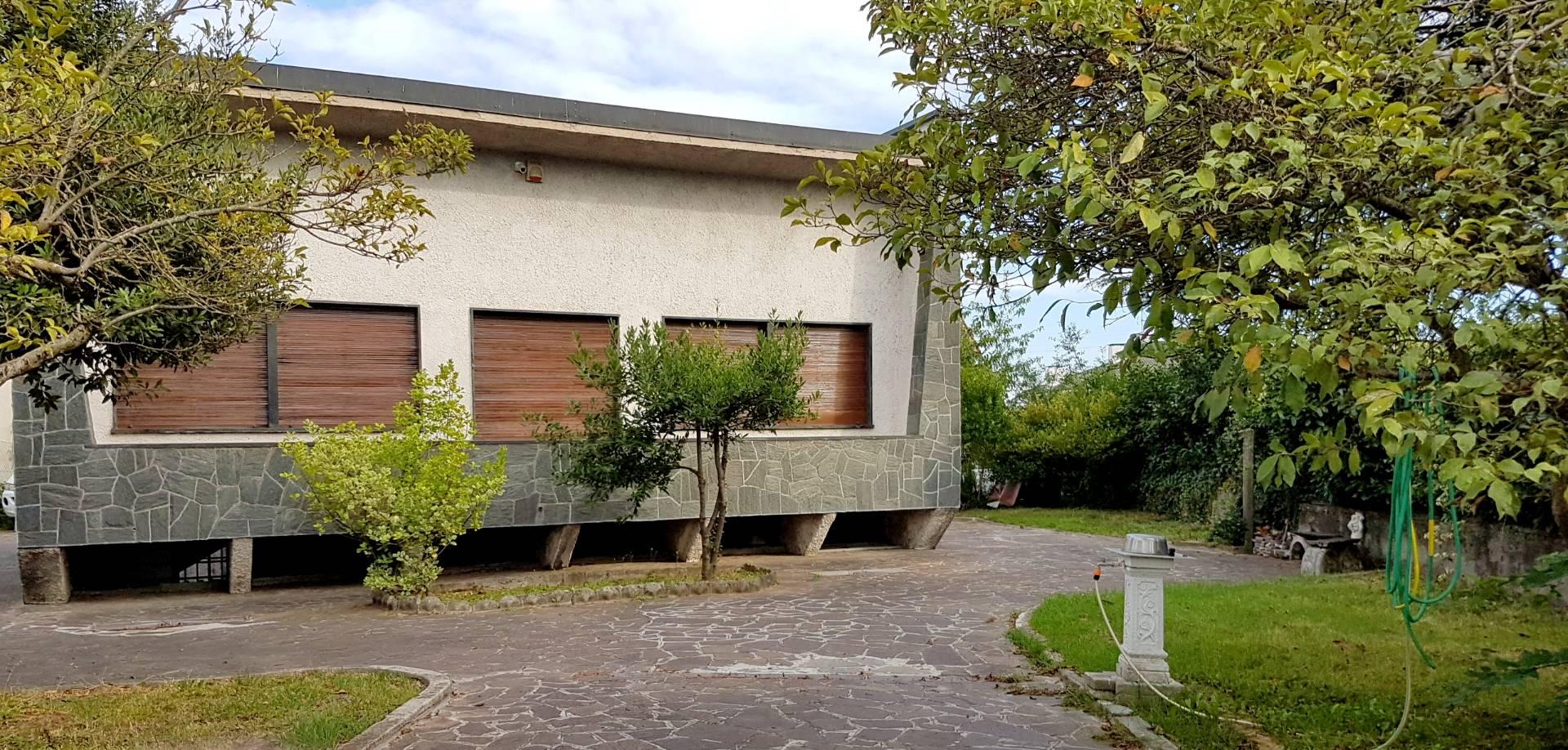 Pozzo d'Adda | Villa in Vendita in via brodolini | lacasadimilano.it