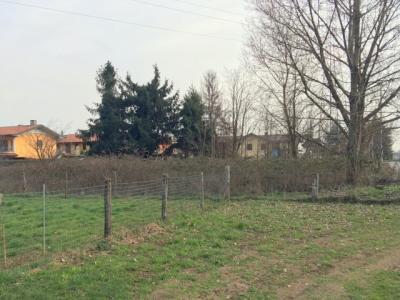 Terreno edificabile in Vendita a Brembate