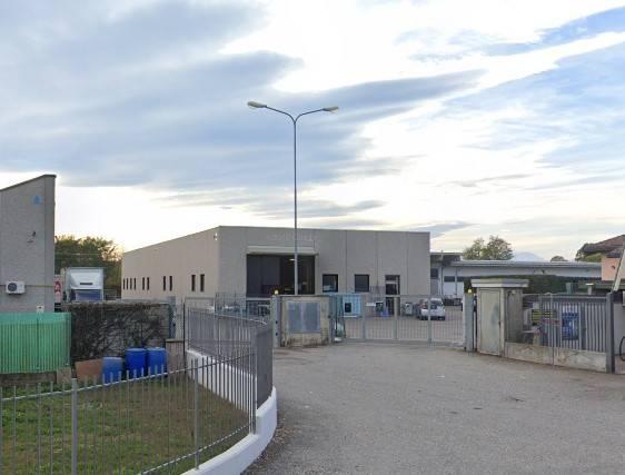 Capannone in affitto a Malnate, 9999 locali, prezzo € 800 | PortaleAgenzieImmobiliari.it