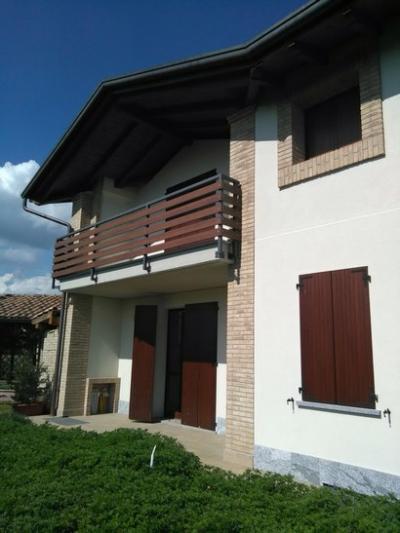 Villa in Vendita<br>a Vedano Olona