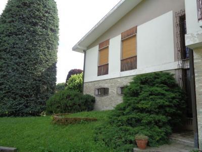 Casa singola in Vendita a Malnate