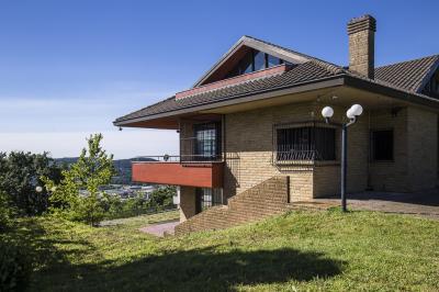Villa in Vendita a Clivio