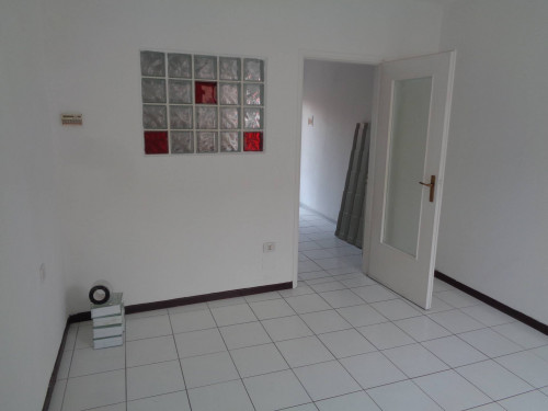 Appartamento in Vendita a Vedano Olona