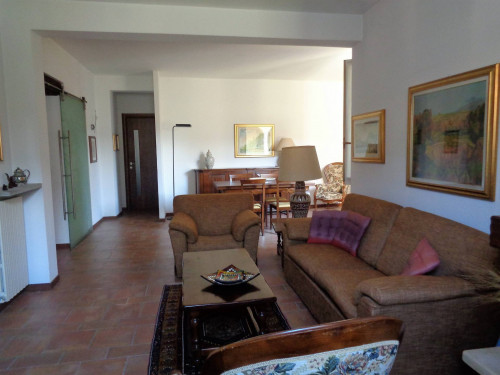 Porzione di casa in Vendita a Malnate