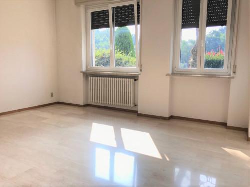Appartamento in Affitto a Vedano Olona