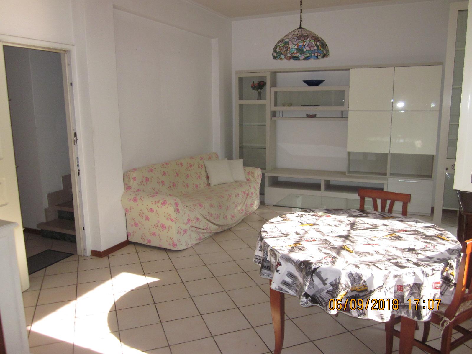 appartamento in affitto a viareggio cod. vgc367
