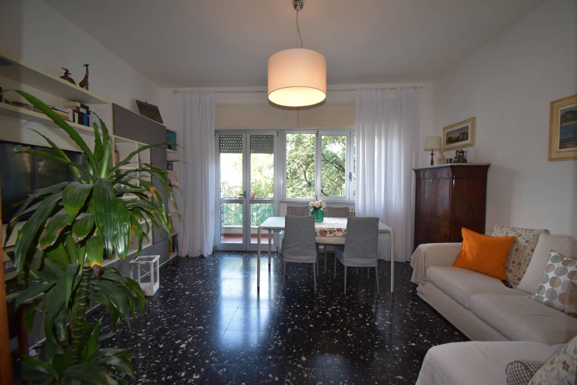 viareggio vendita quart: fascia mare studio-immobiliare-sarah-del-carlo