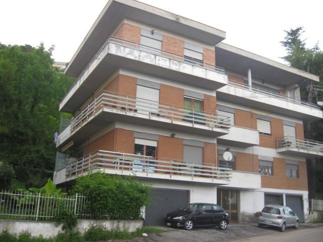 Appartamento in vendita a Teramo, 5 locali, prezzo € 180.000   PortaleAgenzieImmobiliari.it