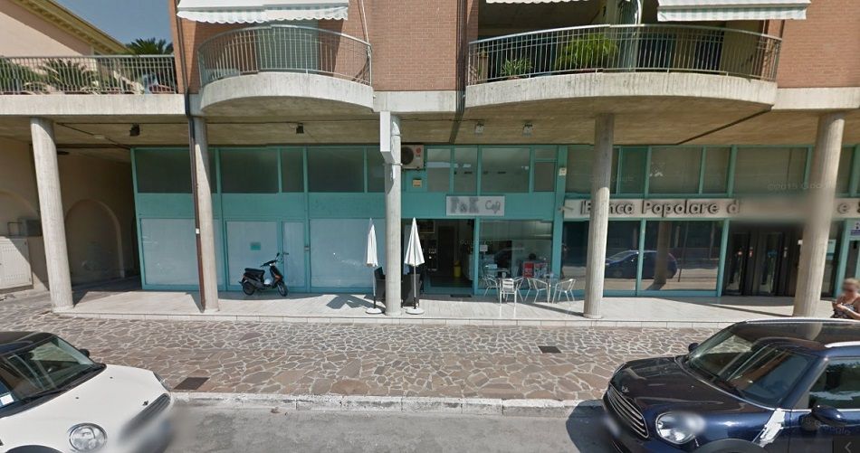 Negozio / Locale in vendita a Giulianova, 9999 locali, zona Località: Lido, prezzo € 200.000 | CambioCasa.it