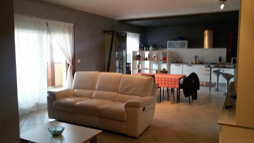 Appartamento in vendita a Giulianova, 5 locali, zona Località: Lido, Trattative riservate | Cambio Casa.it