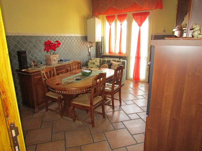 Appartamento in vendita a Giulianova, 5 locali, zona Località: Lido, prezzo € 165.000   Cambio Casa.it