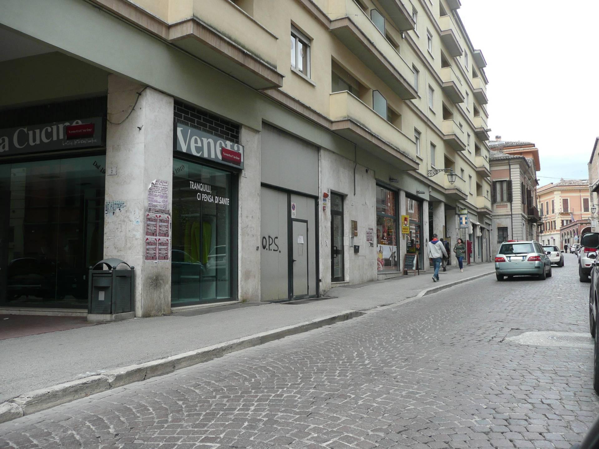 Box / Garage in vendita a Teramo, 1 locali, zona Zona: Centro , prezzo € 29.000 | Cambio Casa.it
