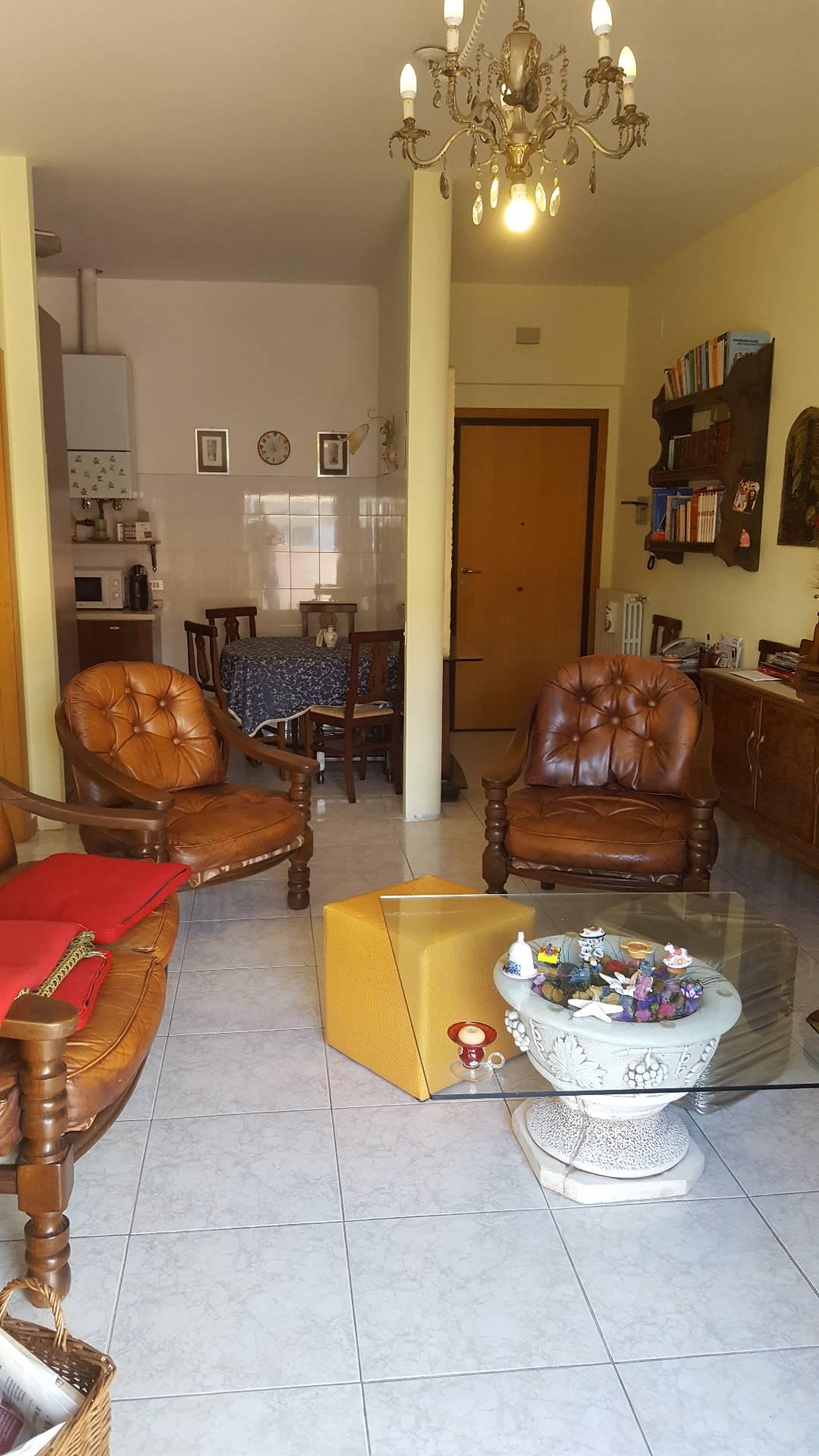 Attico / Mansarda in vendita a Teramo, 4 locali, zona Località: Primaperiferia, prezzo € 135.000   Cambio Casa.it