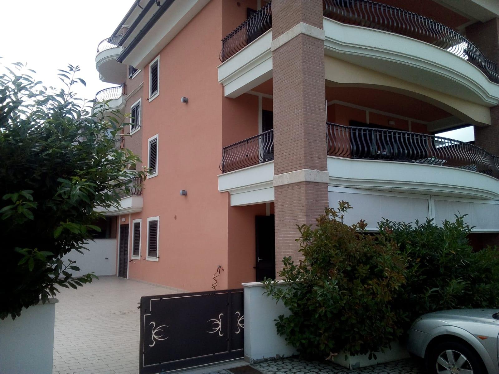 Appartamento, 105 Mq, Vendita - Teramo (Teramo)
