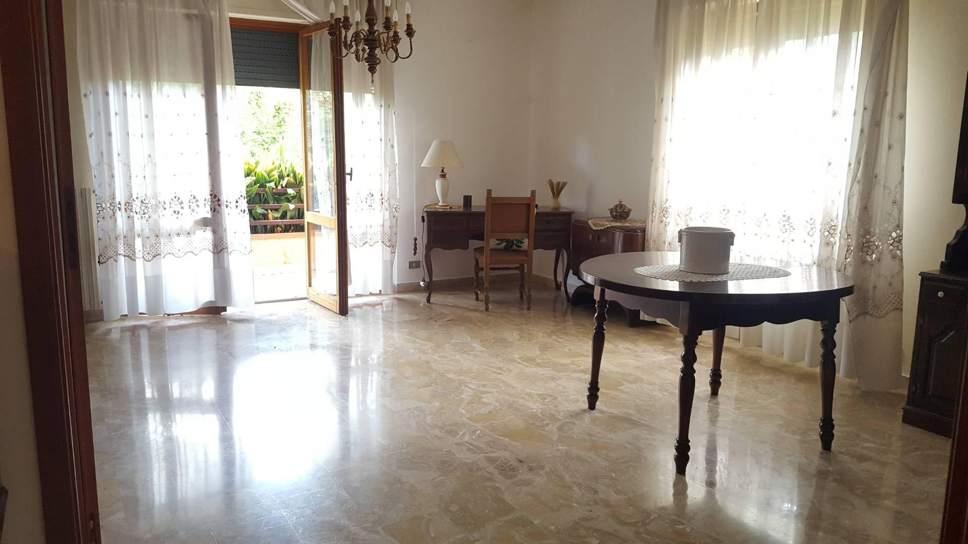 Appartamento in vendita a Teramo, 4 locali, zona centro, prezzo € 140.000 | PortaleAgenzieImmobiliari.it