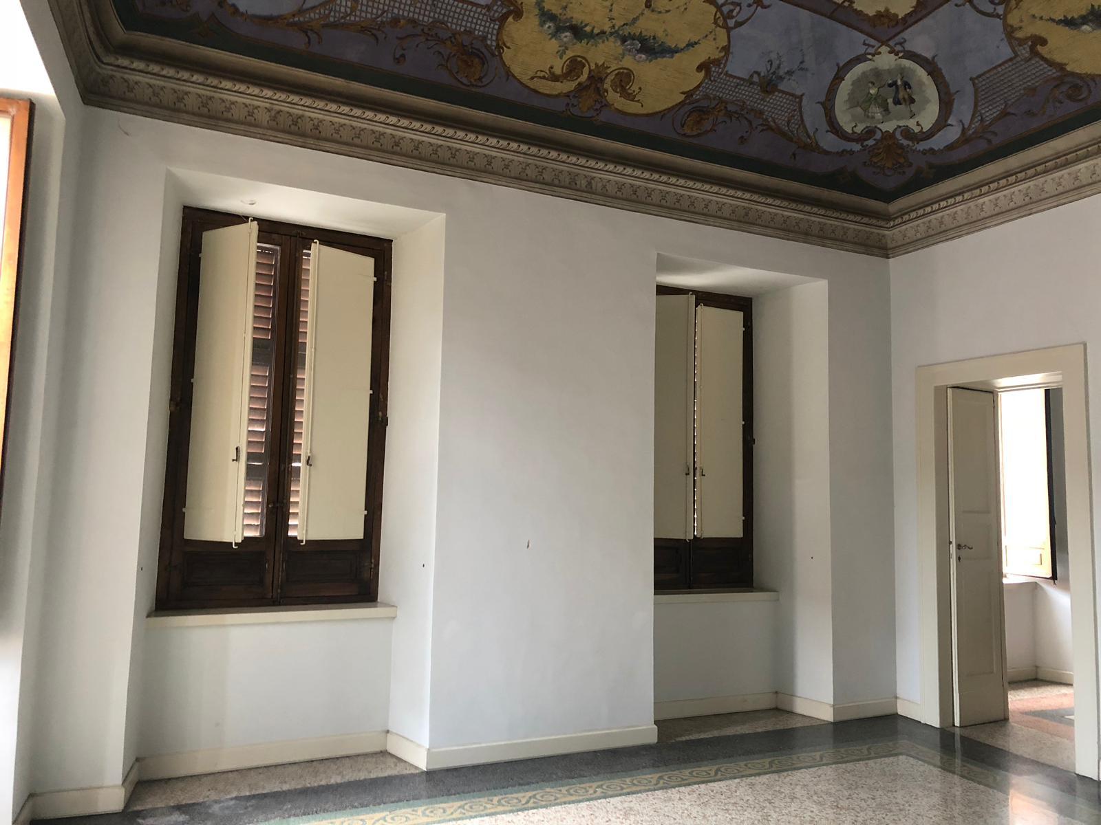 Ufficio / Studio in affitto a Teramo, 9999 locali, prezzo € 1.100   CambioCasa.it
