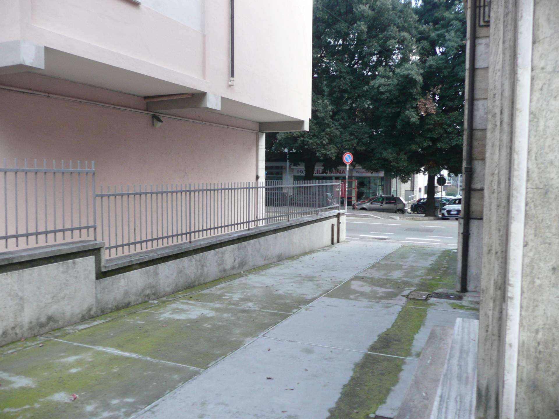 Altro in affitto a Teramo, 9999 locali, prezzo € 500   CambioCasa.it