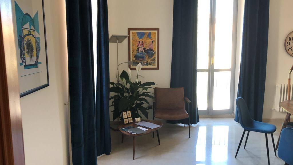 Ufficio / Studio in affitto a Teramo, 9999 locali, prezzo € 400 | CambioCasa.it