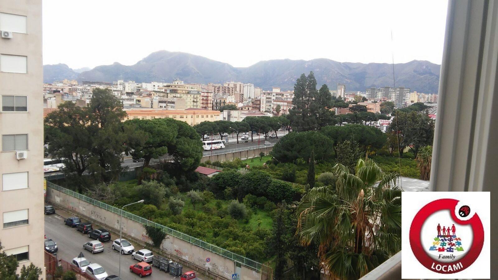 Appartamento in affitto a Palermo, 10 locali, zona Località: Uditore, prezzo € 1.100 | Cambio Casa.it