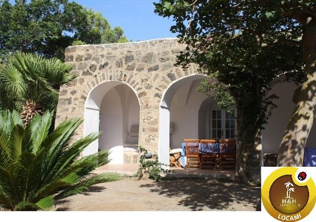 Immobile Turistico in affitto a Pantelleria, 6 locali, Trattative riservate | CambioCasa.it