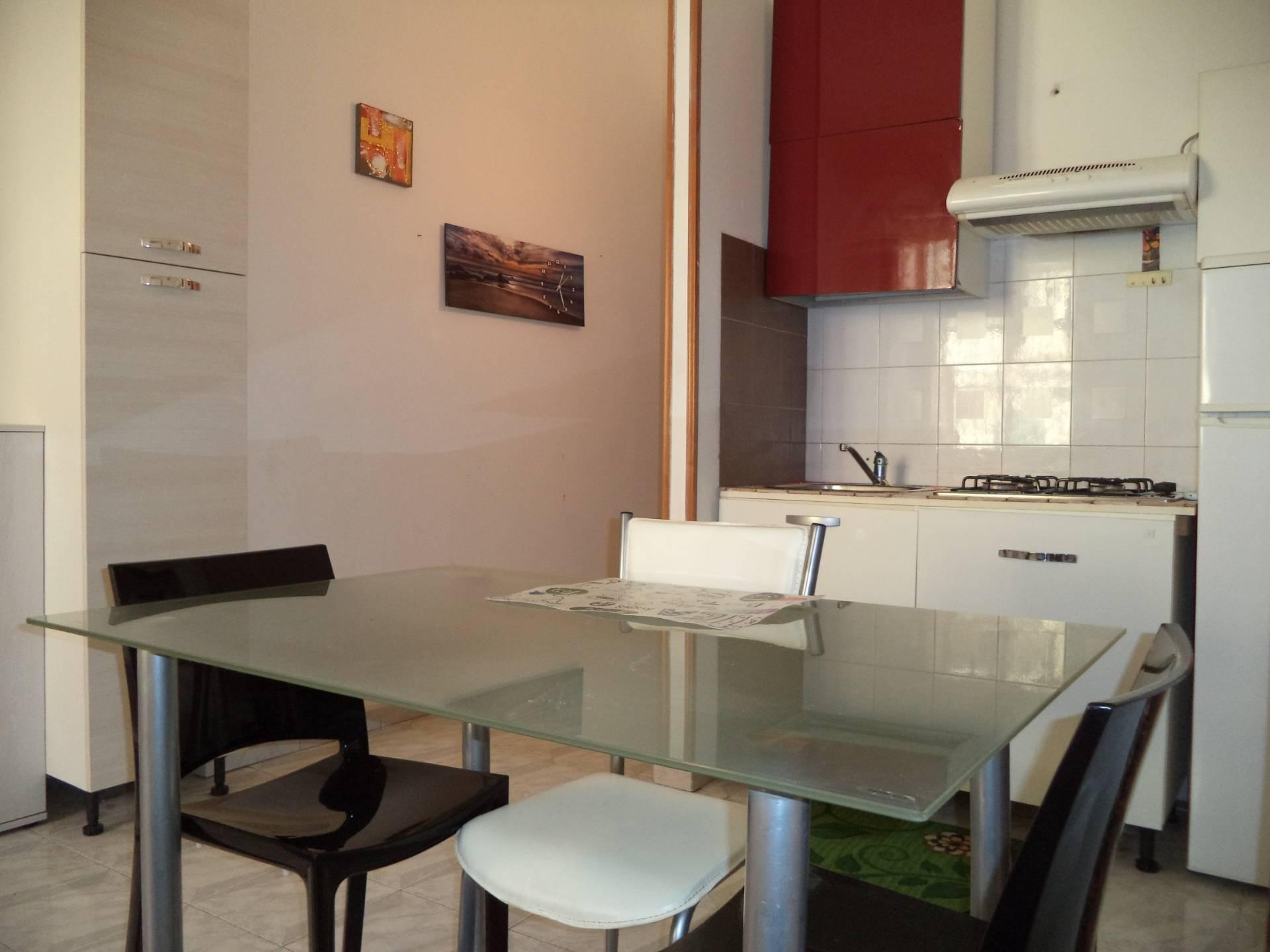 Appartamento in affitto a Palermo, 1 locali, zona Località: CorsoTukory, prezzo € 350   CambioCasa.it