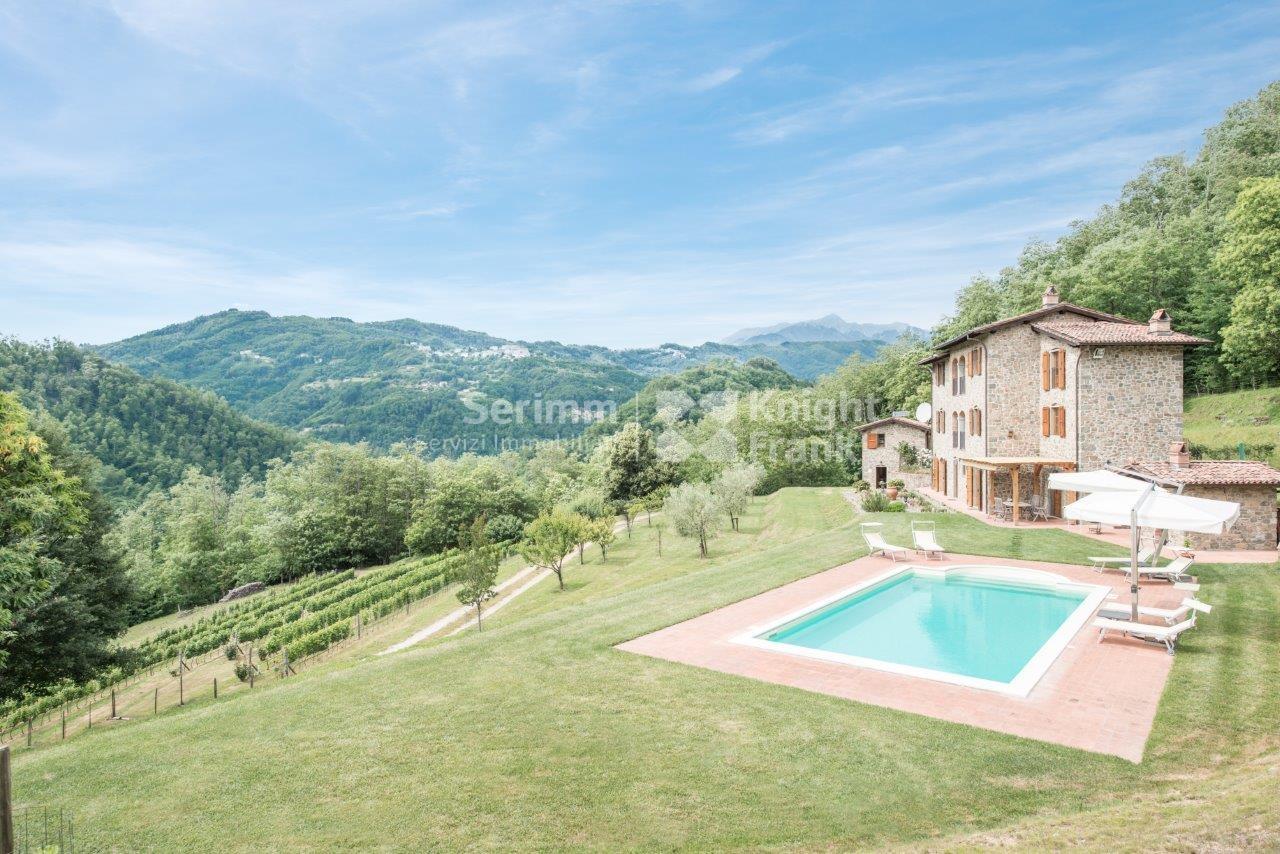 Farmhouse for sale to bagni di lucca ref a253 - Bagni di lucca ...