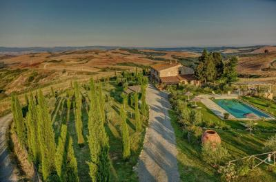 Farmhouse for Sale in Montaione