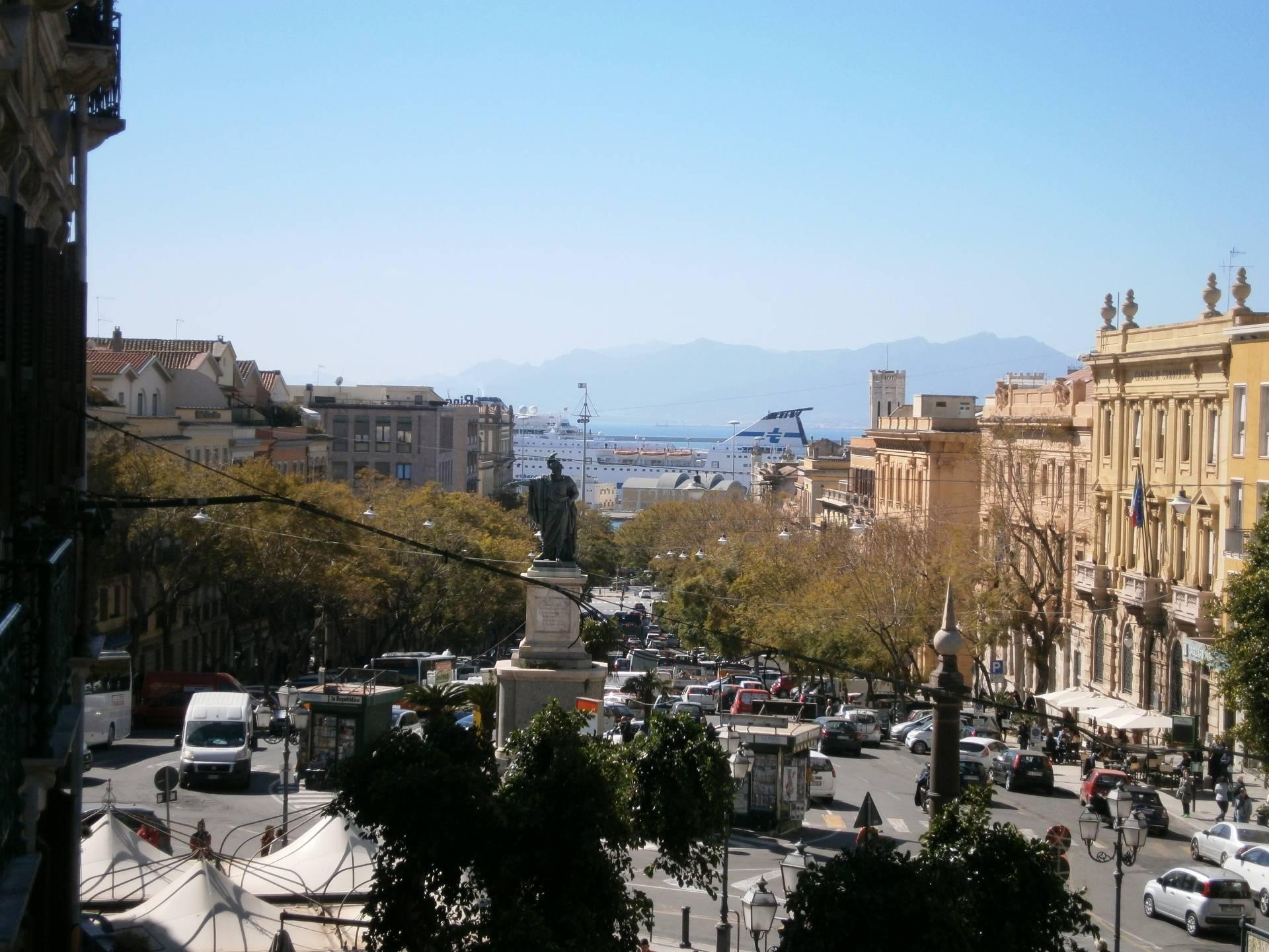 Appartamento in affitto a Cagliari, 3 locali, zona Zona: Castello, prezzo € 800 | Cambio Casa.it