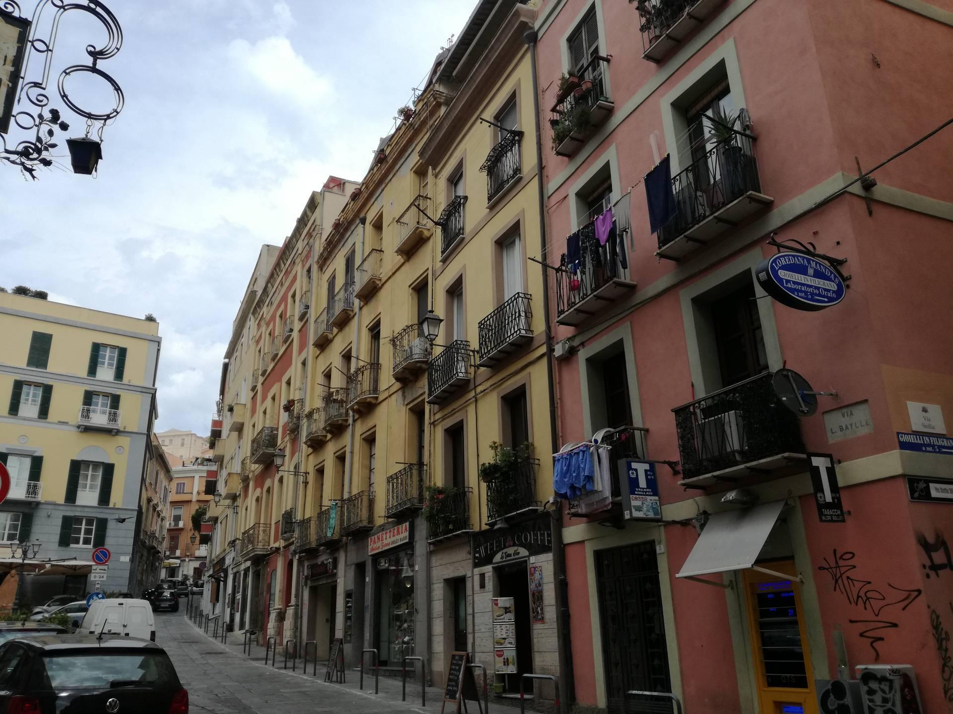 Appartamento in affitto a Cagliari, 2 locali, zona Zona: Marina, prezzo € 500   Cambio Casa.it