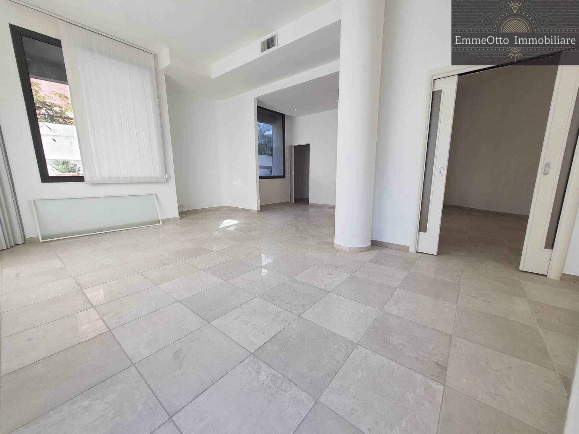 Fondo commerciale in affitto a Cagliari (CA)