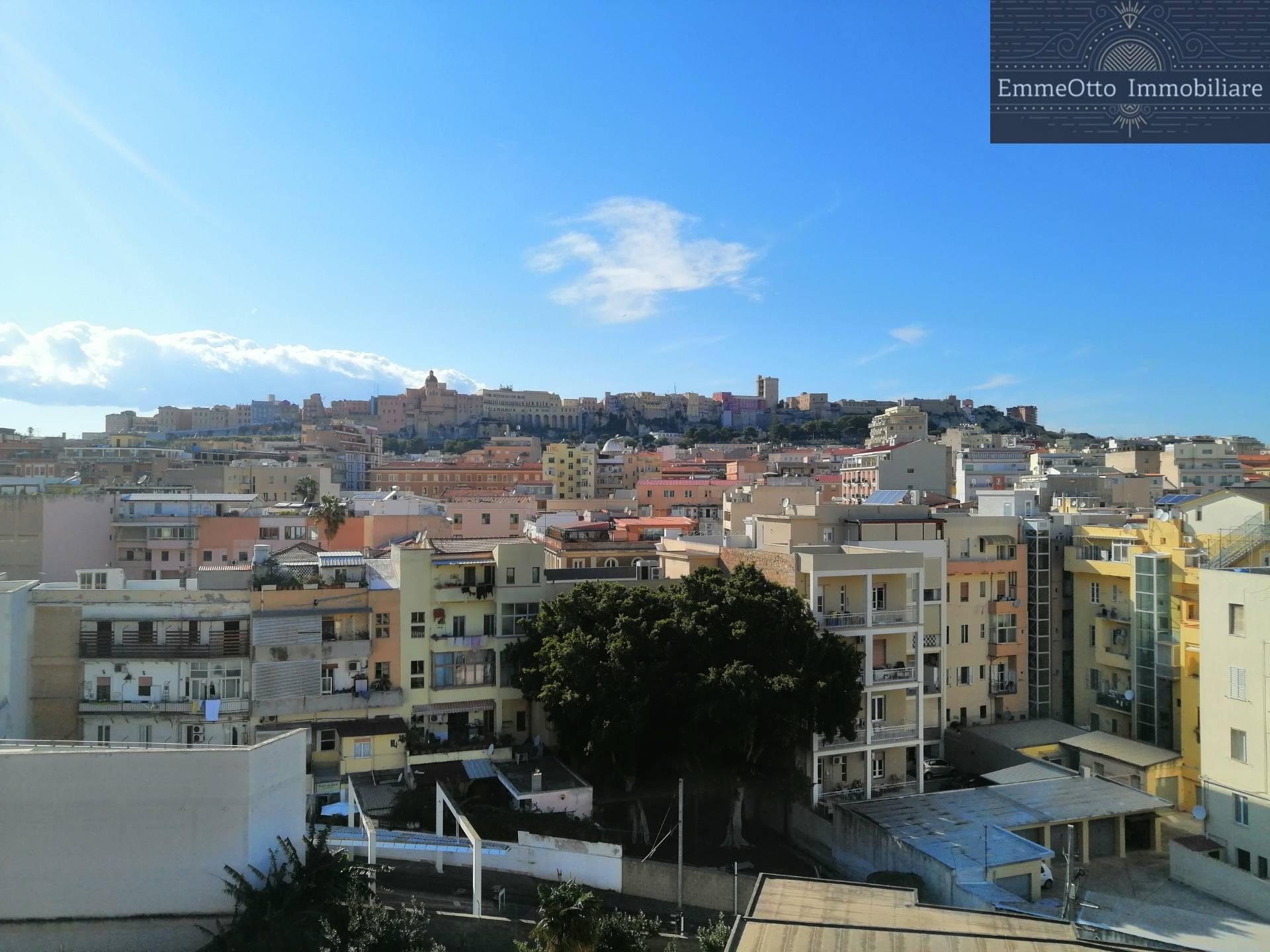 Appartamento in affitto a Cagliari, 4 locali, zona Località: PiazzaRepubblica, prezzo € 1.500   CambioCasa.it