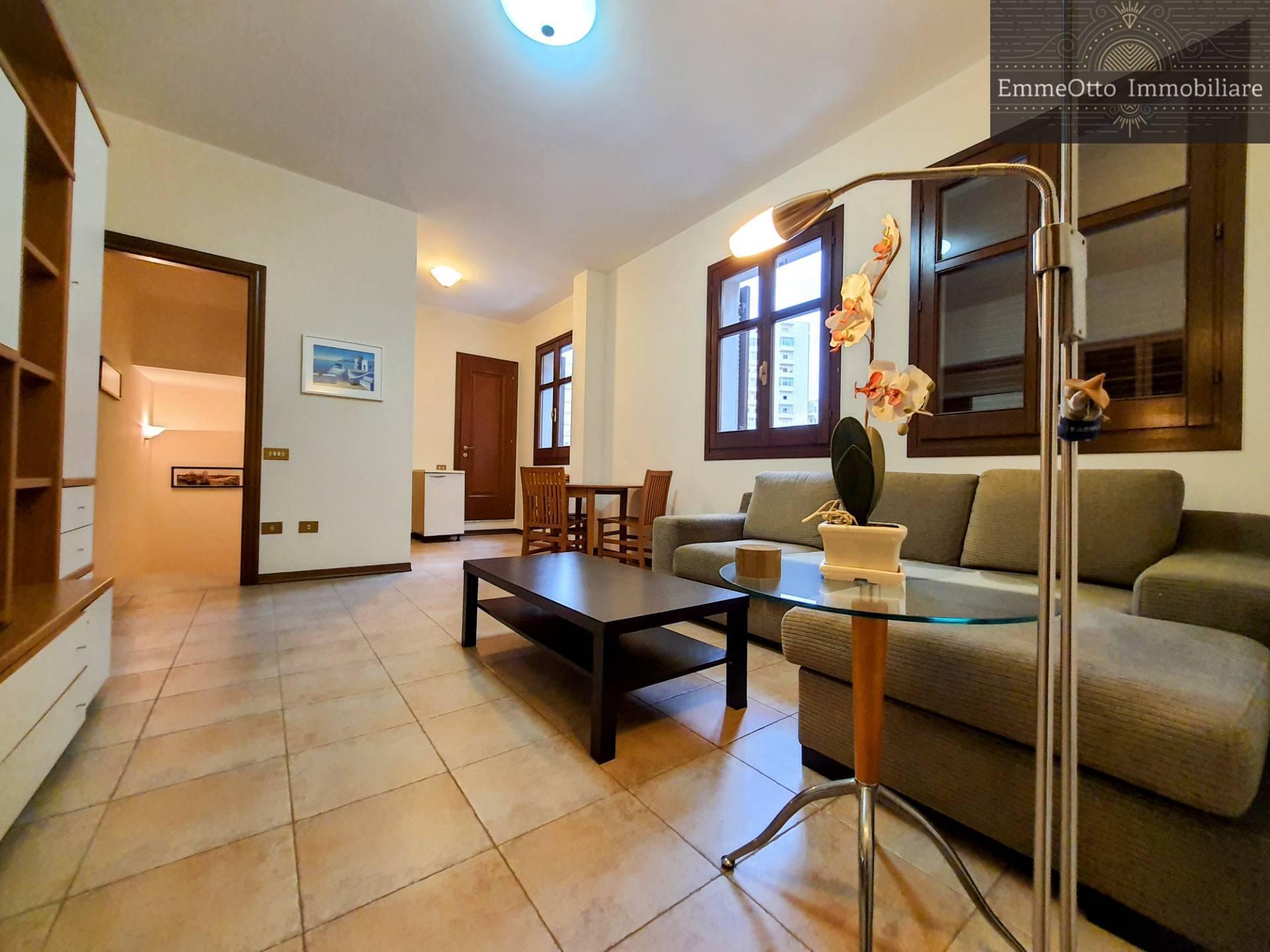 Soluzione Semindipendente in affitto a Cagliari, 3 locali, prezzo € 950   CambioCasa.it