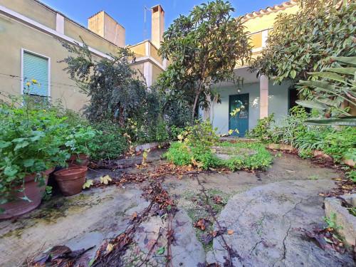 Villa in Vendita a Villaspeciosa