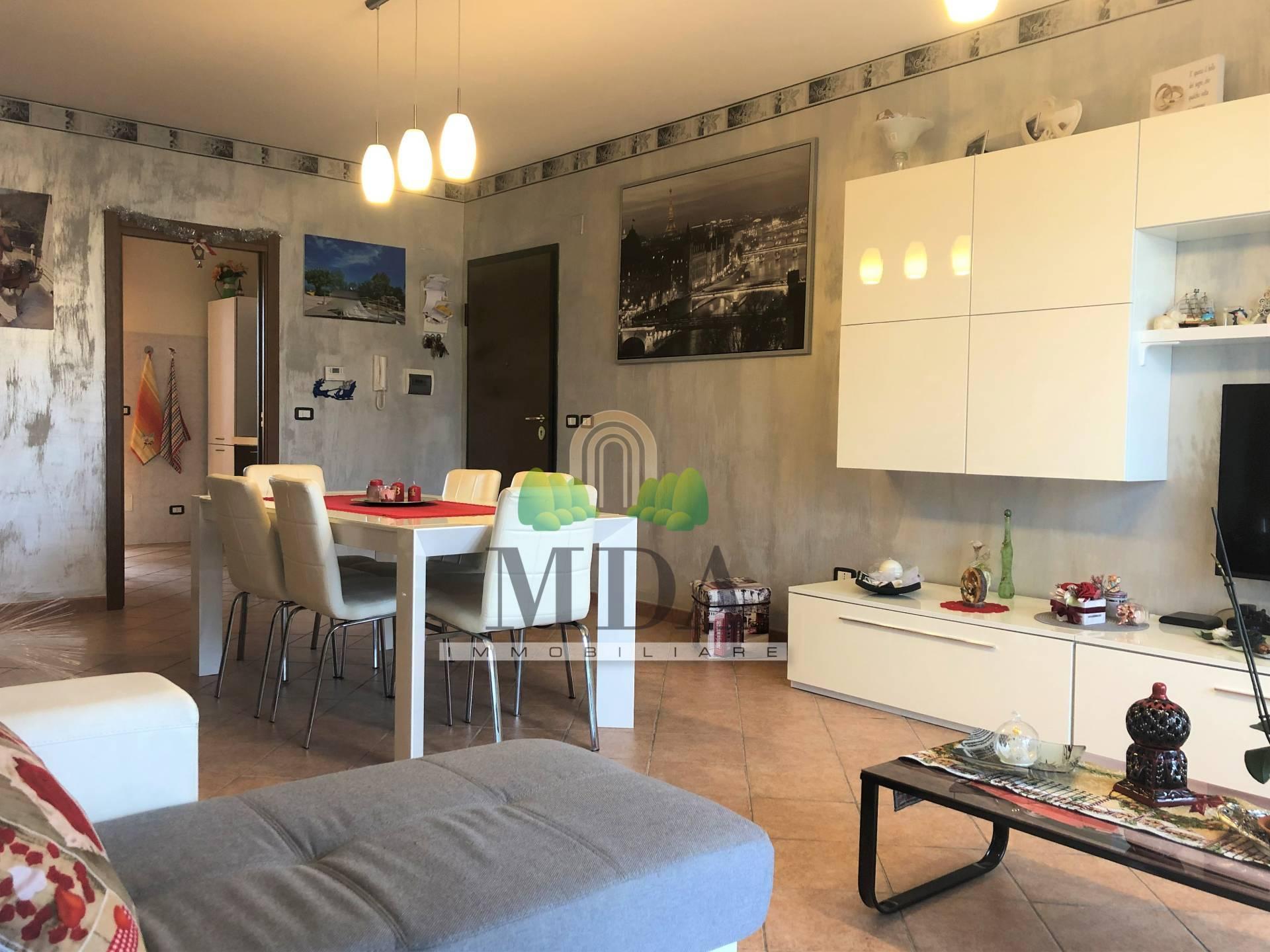 Appartamento in vendita a Corropoli, 4 locali, zona Località: Bivio, prezzo € 90.000 | CambioCasa.it