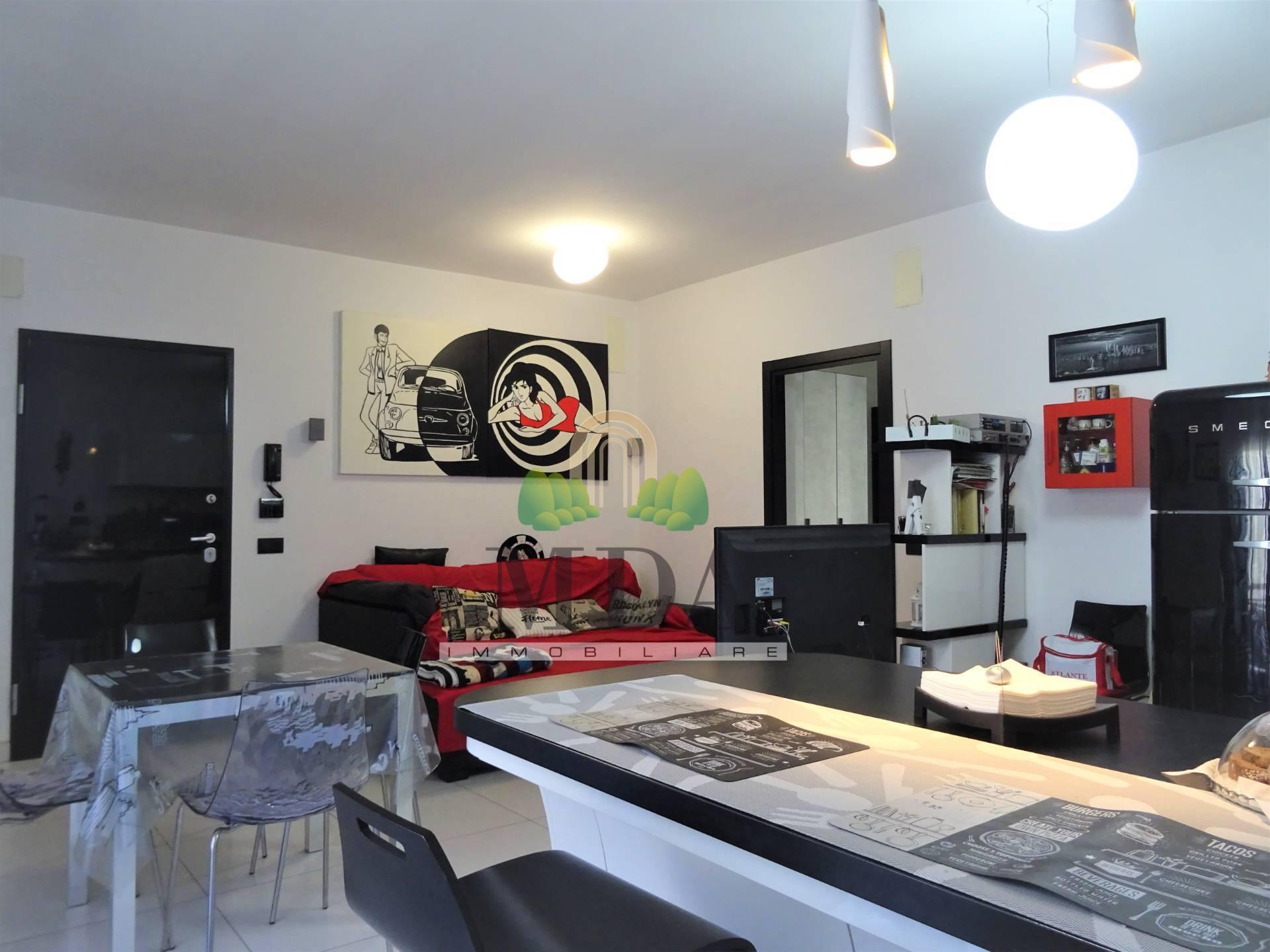 Appartamento in vendita a Grottammare, 6 locali, prezzo € 245.000 | PortaleAgenzieImmobiliari.it