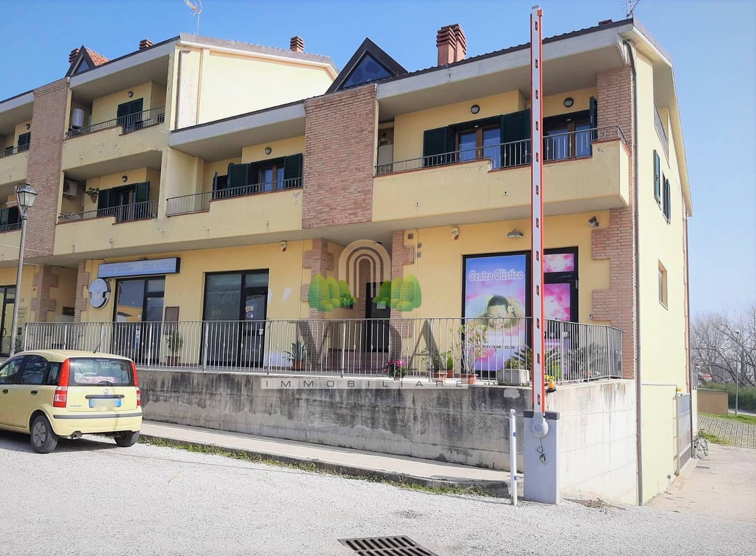Appartamento in vendita a Colonnella, 5 locali, prezzo € 68.000 | PortaleAgenzieImmobiliari.it