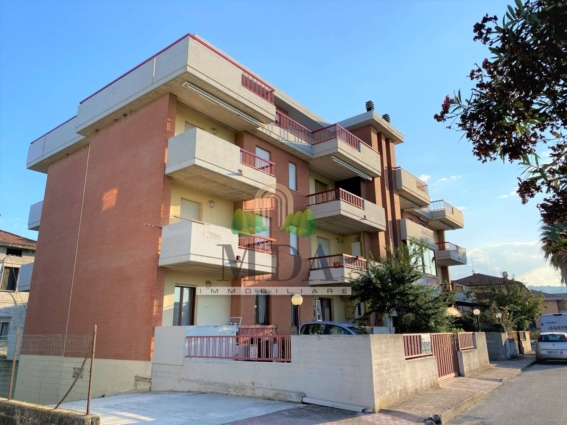 Appartamento in vendita a Martinsicuro, 3 locali, prezzo € 85.000 | PortaleAgenzieImmobiliari.it