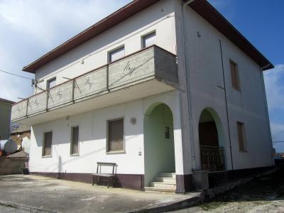 Casa singola in Vendita a Colonnella