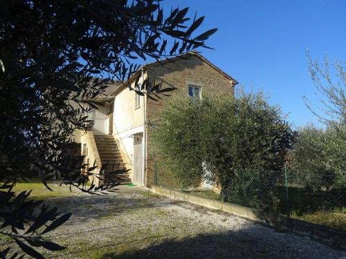 Casa singola in Vendita a Bellante