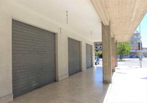 Locale commerciale in Vendita a Martinsicuro