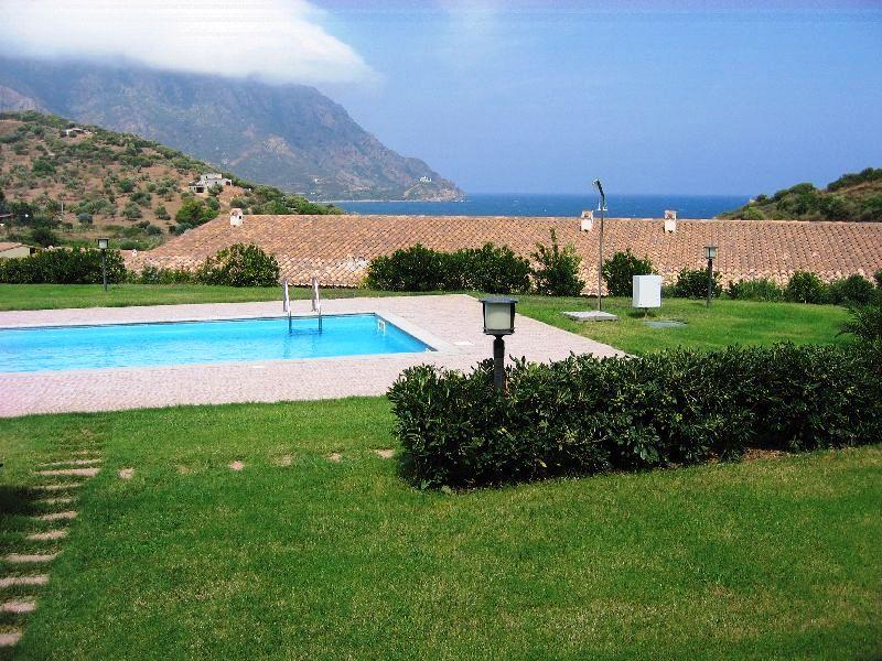 Villa a Schiera in vendita a Tertenia, 4 locali, zona Località: abbaurci, prezzo € 140.000 | Cambio Casa.it