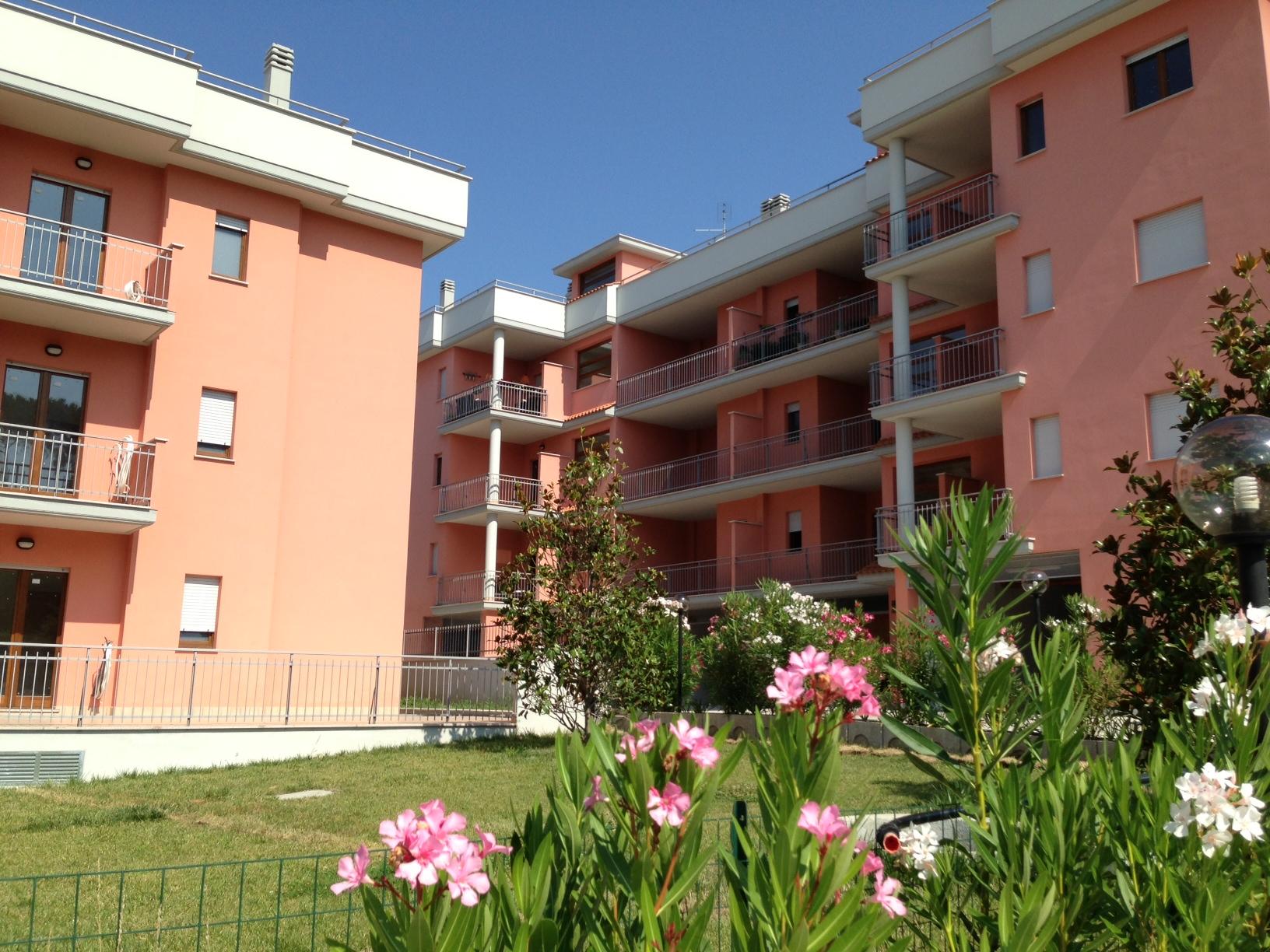 Appartamento in affitto a Fonte Nuova, 3 locali, zona Località: TorLupara, prezzo € 700   Cambio Casa.it