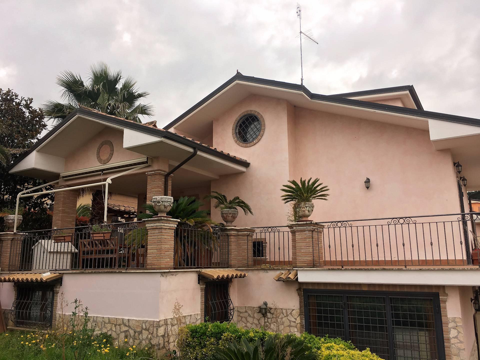 Villa in vendita a Fonte Nuova, 5 locali, zona Località: TorLupara, prezzo € 399.000   CambioCasa.it