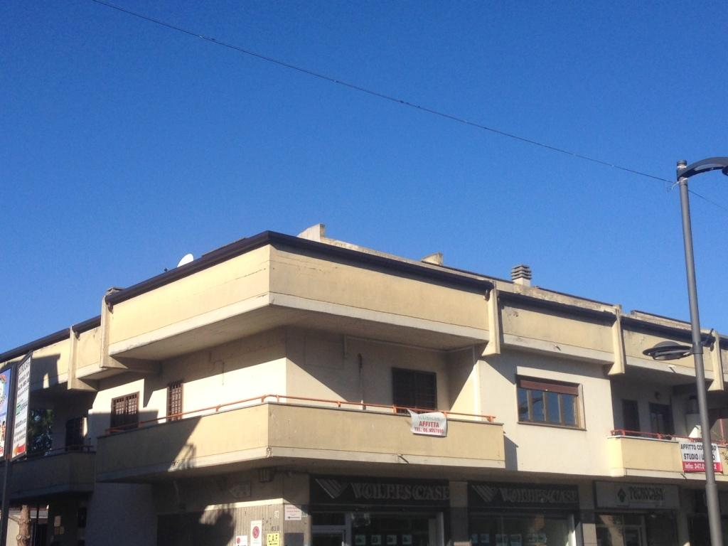 Appartamento in affitto a Fonte Nuova, 5 locali, zona Località: TorLupara, prezzo € 1.100 | Cambio Casa.it
