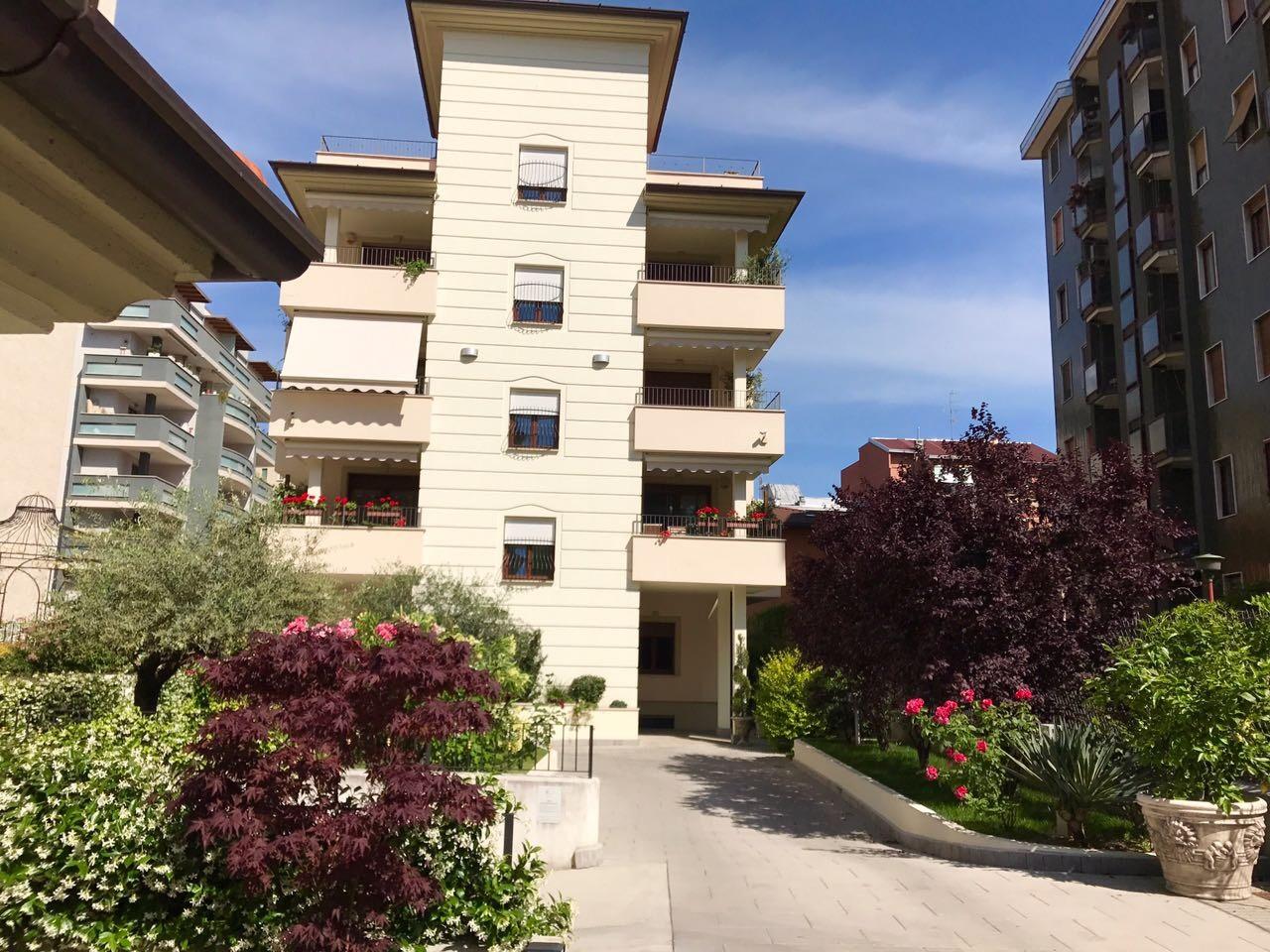 Milano | Appartamento in Vendita in Via Romolo Bitti | lacasadimilano.it