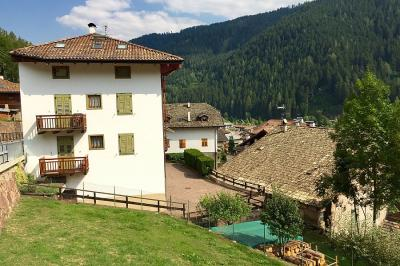 Appartamento in Vendita a Castello-Molina di Fiemme